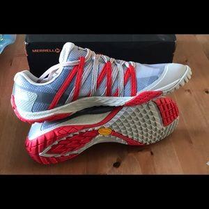 Men's Merrell Trail Glove 4, Size 10.5